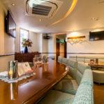 lounge R